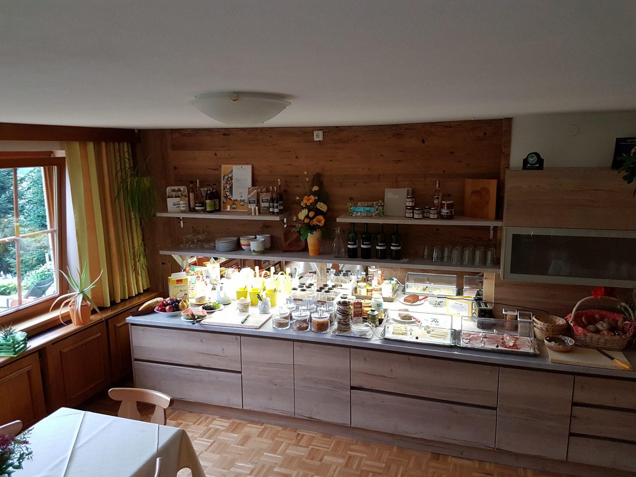 Frühstücksbuffet 3 Privatzimmer und Ferienwohnungen Gassner Nationalpark Gesäuse