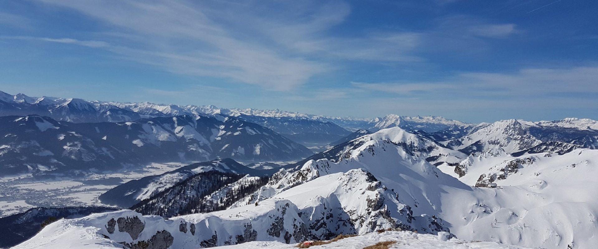 Grabnerstein Richtung Westen Privatzimmer Gassner Ferienwohnungen Nationalpark Gesäuse Winter nördlich der Enns Haus Gassner Skitour